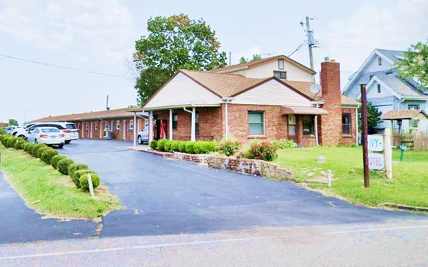 Ivy Motel in Creve Coeur today