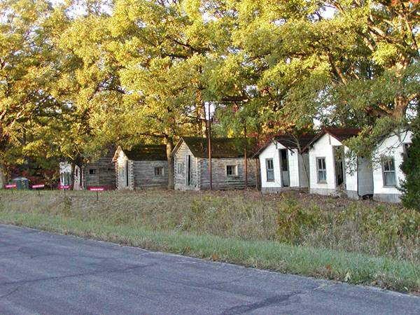 John's Modern Cabins, Route 66in Newburg, Missouri