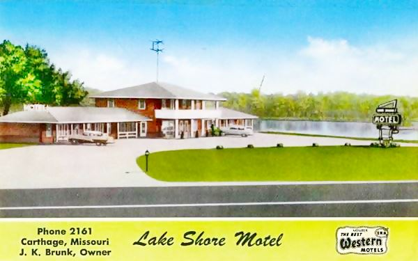 Antique ca. 1950s postcard view of Lake Shore Motel in Carthage MO, Route 66