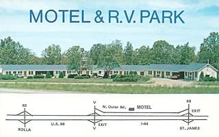 vintage postcard of Motel & RV Park on Route 66 in St. James Missouri