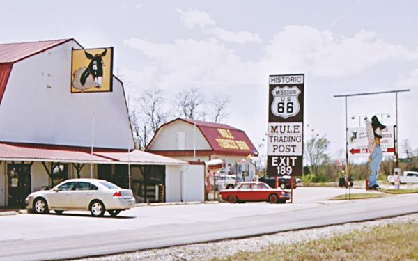 Mule trading Post, Route 66 in Rolla, Missouri