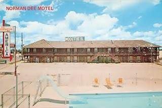 vintage postcard of Norman Dee Motel