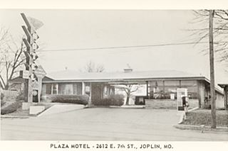 1962 view of the Plaza Motel