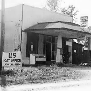 Vintage photo of Parsons Store in Laquey MO