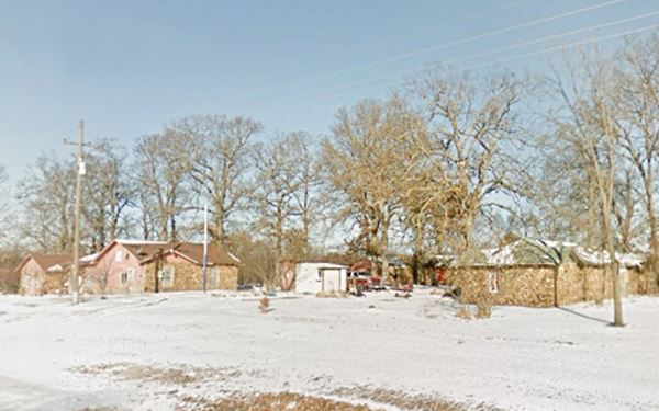 Street view of the former ShadySide Camp in Rescue MO, Route 66
