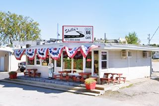 Shelly's Route 66 Cafe