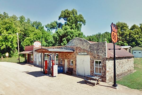 Spencer store, barber shop and service station, Route 66, Spencer Missouri