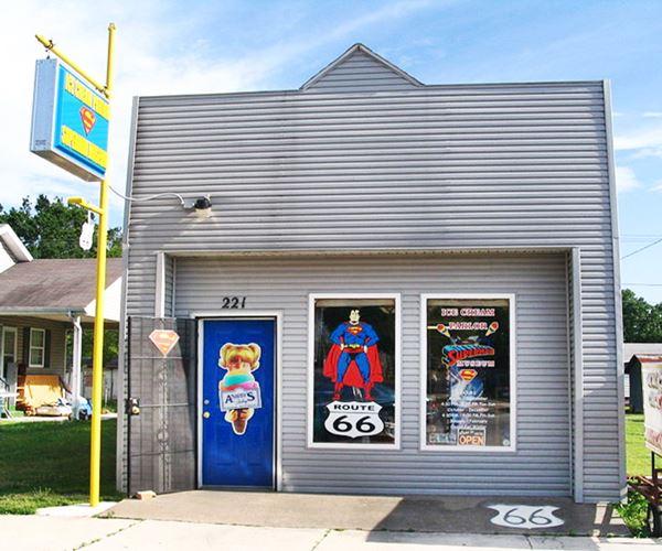 superTAM museum, Carterville