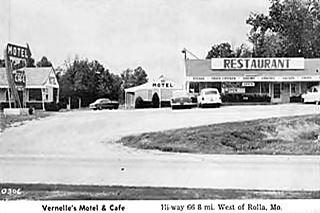 Vernelle's motel vintage postcard