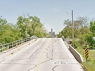The Carthage Tummy tickling bridge on Route 66