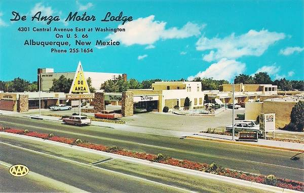 Vintage 1960s postcard of the De Anza Motor Lodge Albuquerque NM