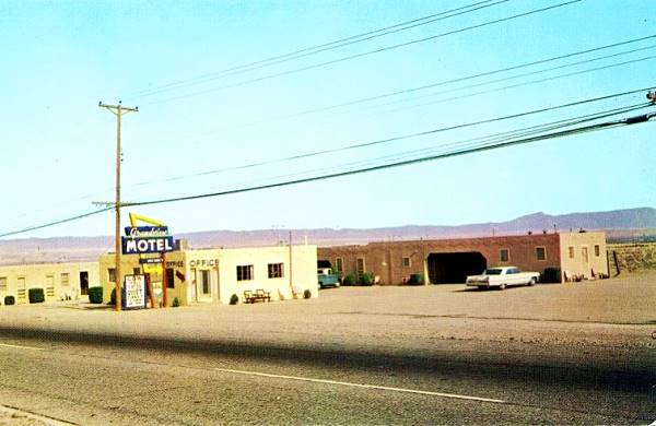Vintage 1950s postcard of the Grandview Motel on Route 66 in Albuquerque NM