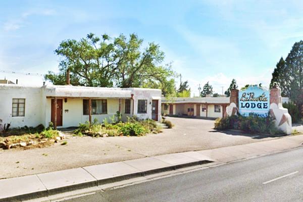 View of the La Puerta Motor Lodge in Albuqerque NM