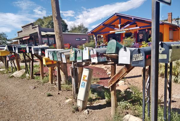 mail boxes in Madrid New Mexico