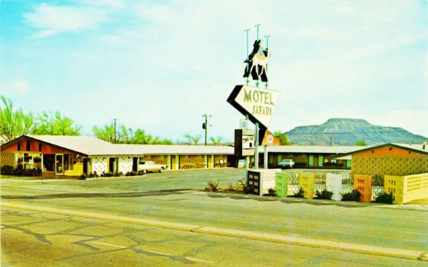 vintage postcard of Motel Safari, Tucumcari NM