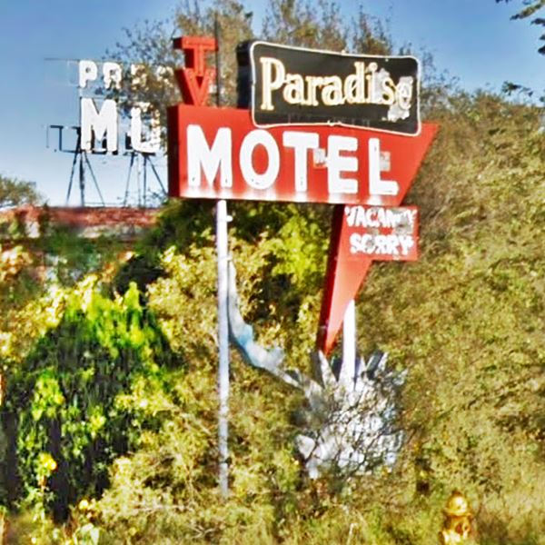 neon sign of the Paradise Motel Tucumcari NM