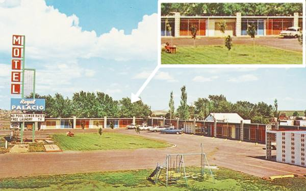 vintage postcard of Royal Palacio Motel, Tucumcari NM