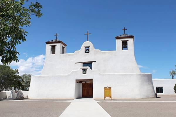 San Agustín de la Isleta Mission, Route 66 in Isleta NM