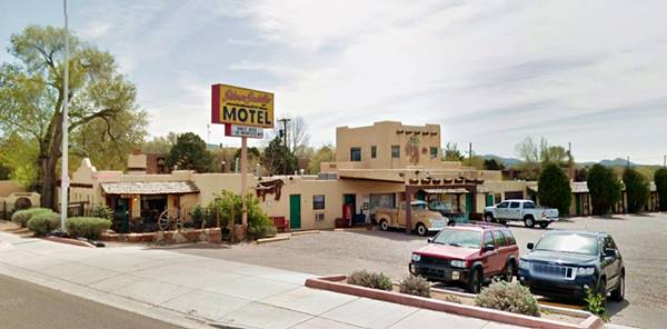 present appearance of the Silver Saddle Motel in Santa Fe NM