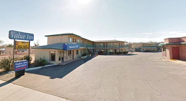 present appearance of Tucumcari Travelodge, now a Value Inn Tucumcari NM