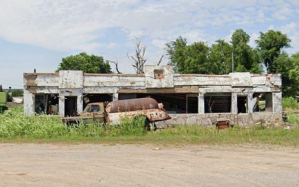 old gas station in Bridgeport