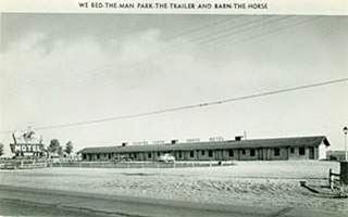 Horse Motel postcard,Vinita