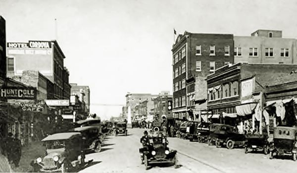 Main Street Miami, looking North, a 1920s photograph
