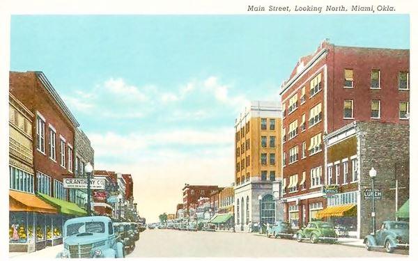 Main Street Miami, looking North, a 1948 postcard