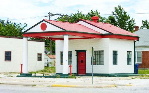 Miami Marathon Oil Service Station