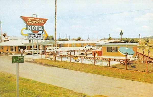 New Frontier Motel (postcard 1950s) Tulsa OK Route 66