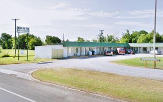 Former Motel in Vinita