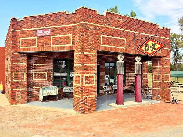 Vintage Seaba's Gas Station in Warwick