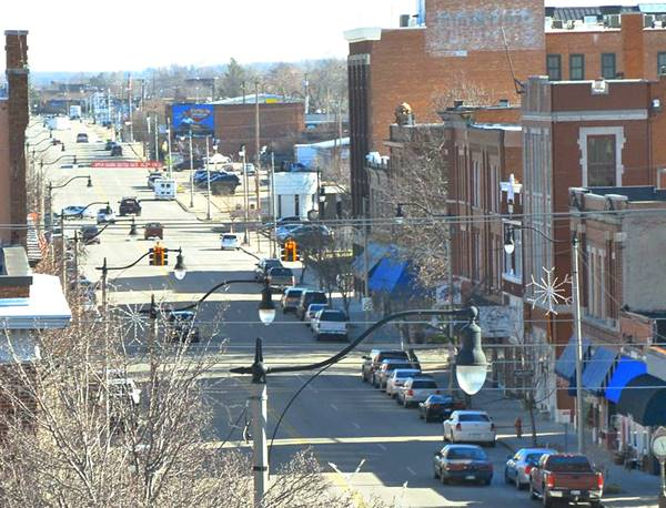 view of street, traffic and buildings in Sapulpa