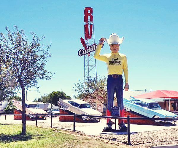 giant cowbowy muffler man with hat