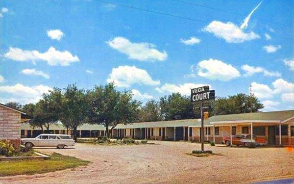 Postcard Vega Motel, Vega, Texas